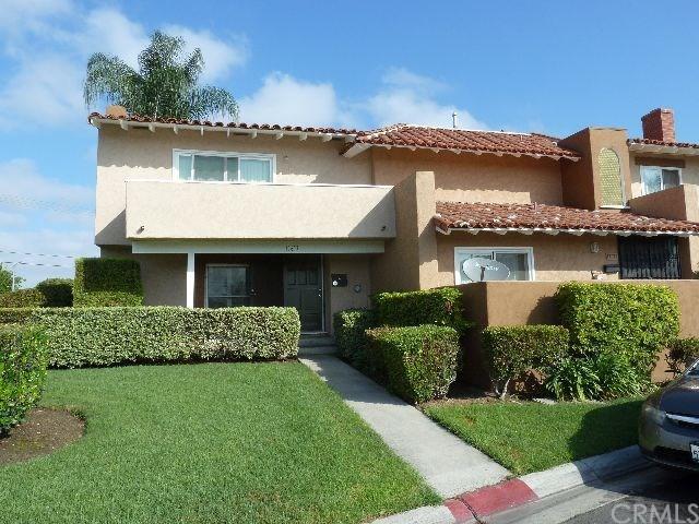 17677 La Rosa Lane, Fountain Valley, CA 92708 (#OC18196596) :: Teles Properties | A Douglas Elliman Real Estate Company