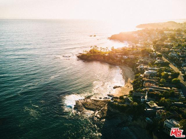 2300 Catalina Street, Laguna Beach, CA 92651 (#18375936) :: Mainstreet Realtors®