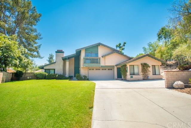 2258 Black Oak Place, Riverside, CA 92506 (#IG18198470) :: The DeBonis Team