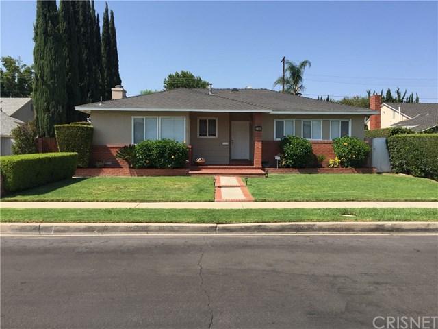 17145 Vose Street, Lake Balboa, CA 91406 (#SR18195568) :: Z Team OC Real Estate
