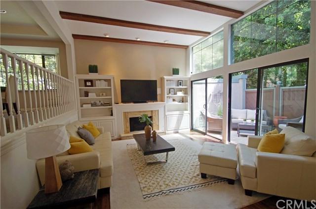 209 S Oakland Avenue A, Pasadena, CA 91101 (#WS18199496) :: Mainstreet Realtors®