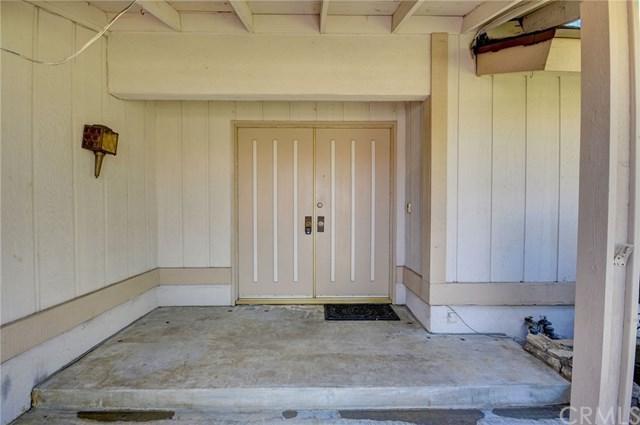 1709 Mulberry Avenue, Upland, CA 91784 (#CV18199558) :: Mainstreet Realtors®
