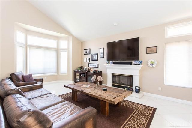 24867 Shoshone Drive, Murrieta, CA 92562 (#SW18198641) :: Impact Real Estate