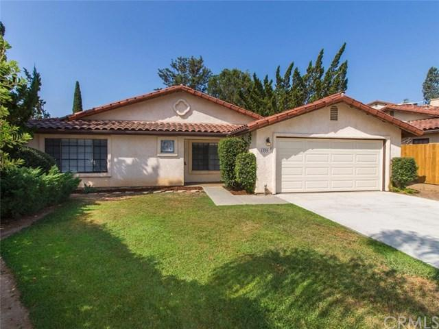 1094 Avenida Campana, Fallbrook, CA 92028 (#SW18199787) :: Z Team OC Real Estate