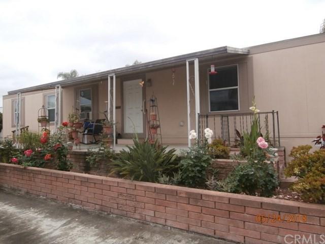 245 W Bobier Drive #62, Vista, CA 92083 (#SW18199845) :: Team Tami