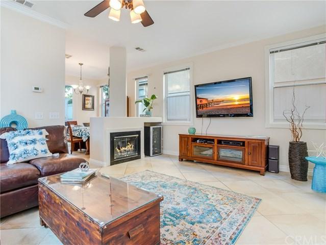 87 Calle De Felicidad, Rancho Santa Margarita, CA 92688 (#OC18199340) :: Doherty Real Estate Group