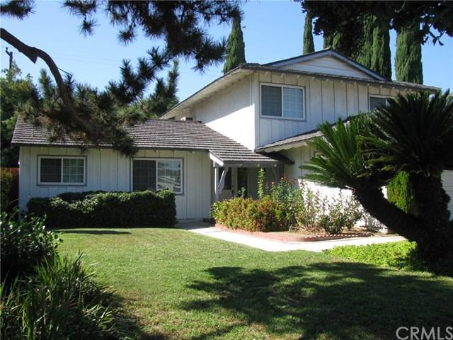 1261 Lynwood Street, La Habra, CA 90631 (#OC18195639) :: The Darryl and JJ Jones Team