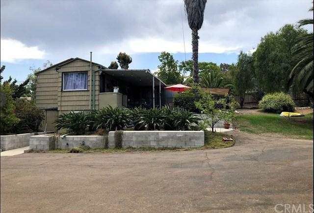 9355 Lamar, Spring Valley, CA 91977 (#CV18200369) :: RE/MAX Masters