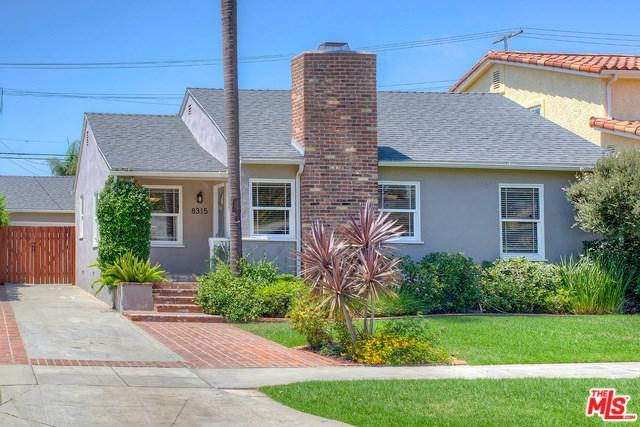 8315 Gonzaga Avenue, Los Angeles (City), CA 90045 (#18376104) :: DSCVR Properties - Keller Williams