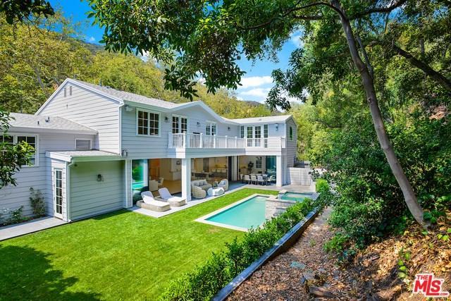 2794 Mandeville Canyon Road, Los Angeles (City), CA 90049 (#18376704) :: DSCVR Properties - Keller Williams