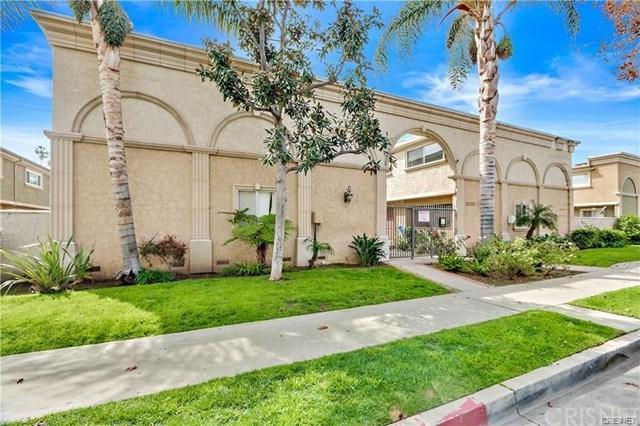 20202 Cohasset Street #7, Winnetka, CA 91306 (#SR18200538) :: RE/MAX Masters
