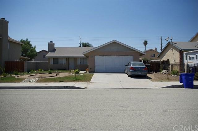 9862 Hollis Street, Bloomington, CA 92316 (#IV18199771) :: RE/MAX Masters