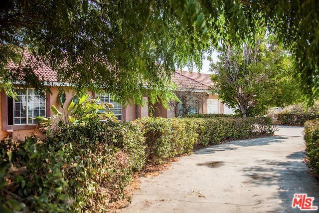 18350 Summit Avenue, Rialto, CA 92377 (#18376796) :: Mainstreet Realtors®