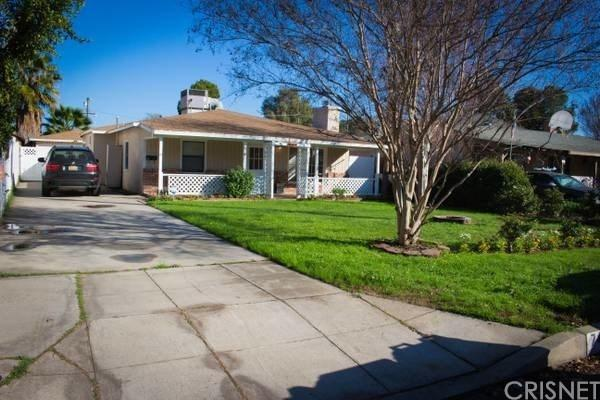 7434 Nestle Avenue, Reseda, CA 91335 (#SR18200859) :: RE/MAX Masters