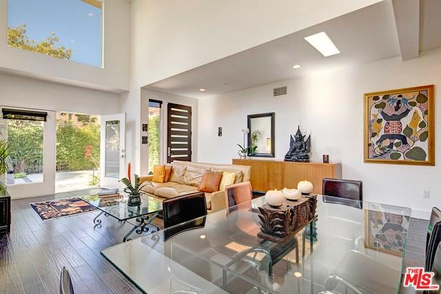 7916 W 83RD Street, Playa Del Rey, CA 90293 (#18376804) :: Team Tami
