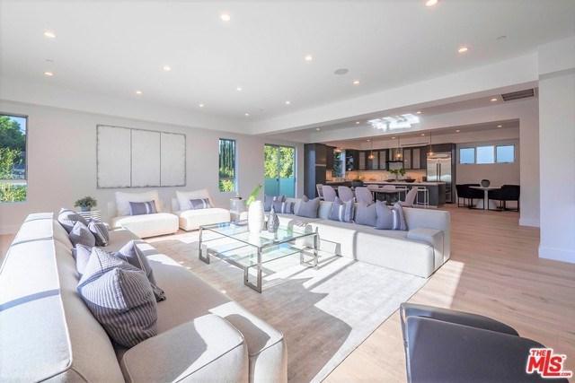 1555 S Carmelina Avenue, Los Angeles (City), CA 90025 (#18376956) :: Z Team OC Real Estate