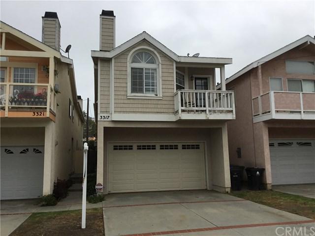 3317 S Pacific Avenue, San Pedro, CA 90731 (#SW18201388) :: Millman Team