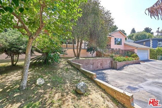 1040 Sherlock Drive, Burbank, CA 91501 (#18377102) :: Z Team OC Real Estate