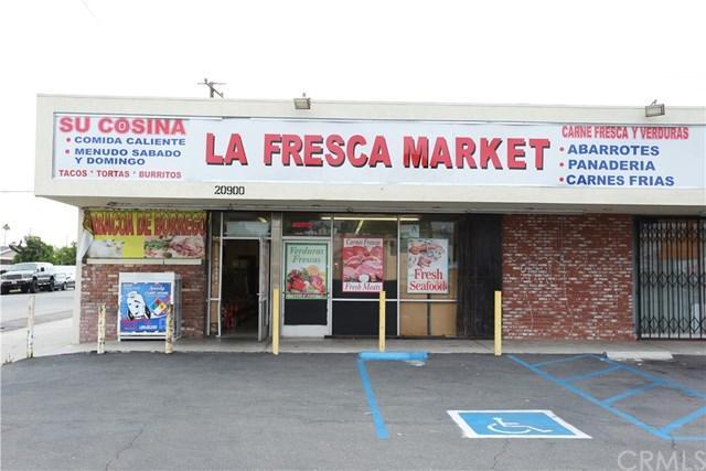 20900 Pioneer Boulevard, Lakewood, CA 90715 (#DW18201579) :: Fred Sed Group