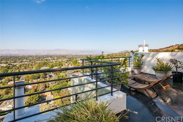 3627 Dixie Canyon Avenue, Sherman Oaks, CA 91423 (#SR18200527) :: Team Cooper/Century 21 Jeffries Lydon
