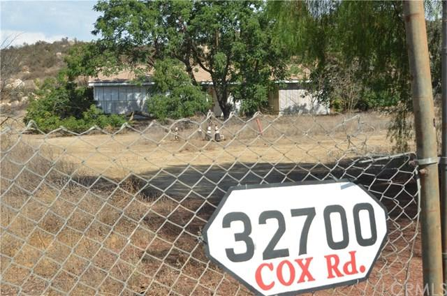 32700 Cox Road, Menifee, CA 92584 (#SW18201616) :: Zilver Realty Group