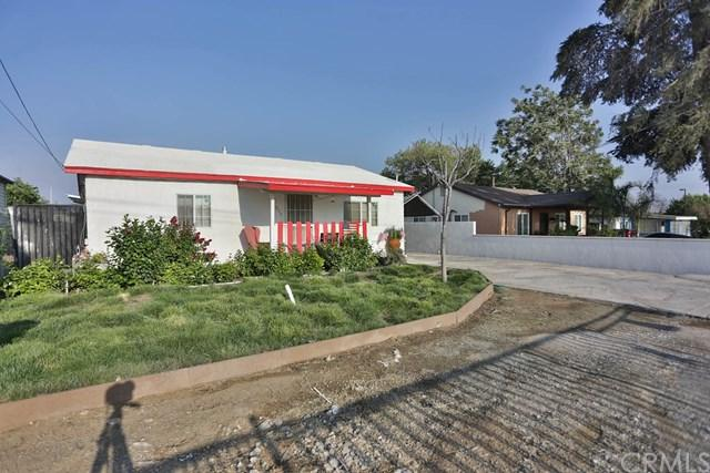 930 S Rancho Avenue, Colton, CA 92324 (#EV18201685) :: The Darryl and JJ Jones Team