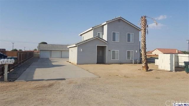 9225 Redwood Boulevard, California City, CA 93505 (#318003347) :: RE/MAX Masters