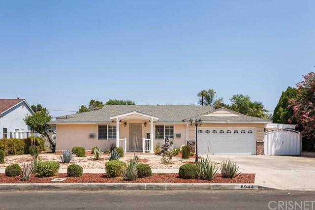 8944 Sophia Avenue, North Hills, CA 91343 (#SR18201872) :: Z Team OC Real Estate