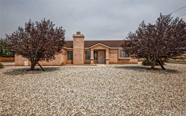 22484 Hurons Avenue, Apple Valley, CA 92307 (#EV18199358) :: Z Team OC Real Estate