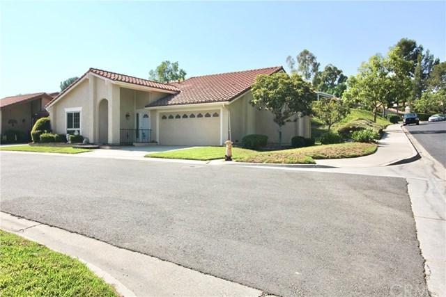 23571 Ribalta, Mission Viejo, CA 92692 (#OC18201957) :: Doherty Real Estate Group