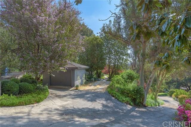 12194 Laurel Terrace Drive, Studio City, CA 91604 (#SR18201977) :: Z Team OC Real Estate