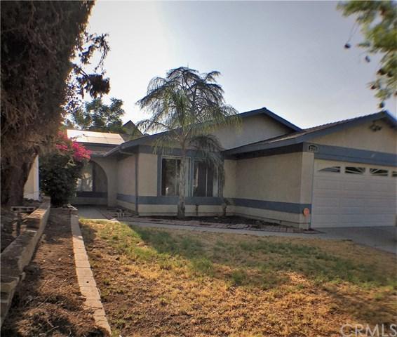2305 Bonita Drive, Highland, CA 92346 (#IV18202062) :: RE/MAX Masters