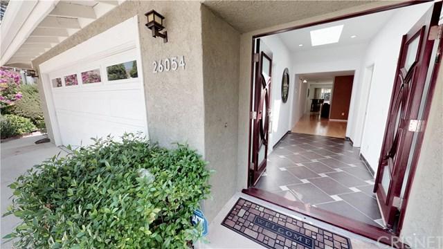 26054 Redbluff Drive, Calabasas, CA 91302 (#SR18202427) :: Z Team OC Real Estate