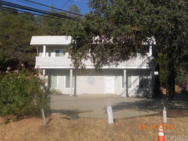 10140 E Highway 20, Clearlake Oaks, CA 95423 (#LC18201771) :: Barnett Renderos