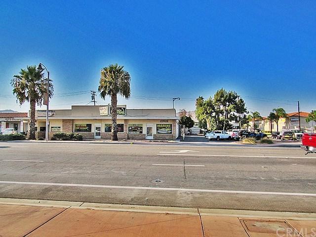 23918 Sunnymead Boulevard, Moreno Valley, CA 92553 (#EV18203264) :: The Darryl and JJ Jones Team