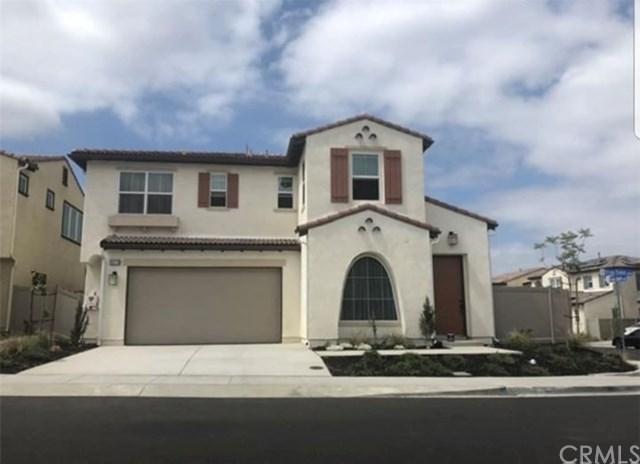 39779 Strada Firenza, Lake Elsinore, CA 92532 (#PW18203132) :: RE/MAX Empire Properties