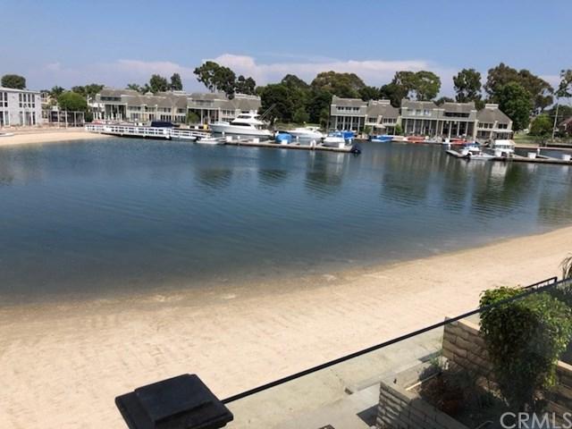 16372 Ardsley Circle, Huntington Beach, CA 92649 (#SW18203333) :: Doherty Real Estate Group