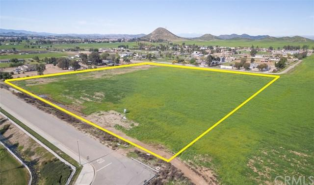 1 Wickerd Road, Menifee, CA 92584 (#SW18203804) :: Doherty Real Estate Group
