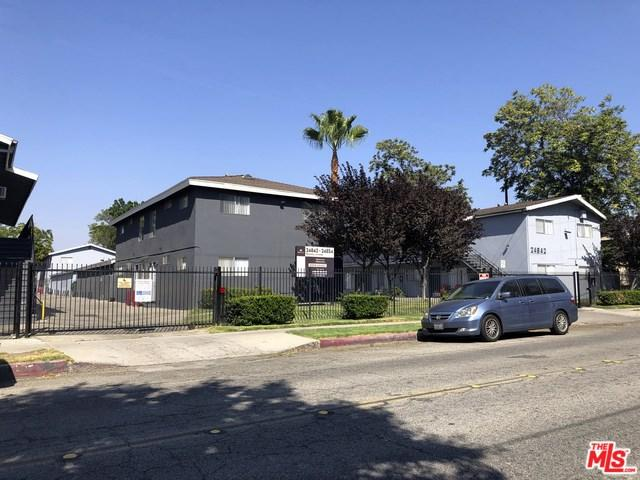 24842 Newhall Avenue, Newhall, CA 91321 (#18377926) :: Fred Sed Group