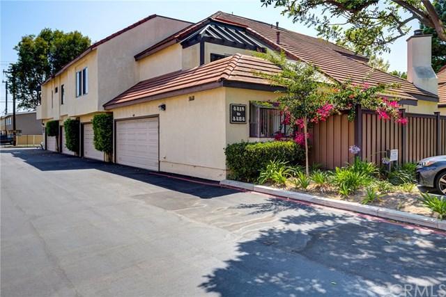 4418 Emerald Street #50, Torrance, CA 90503 (#PV18197550) :: Team Tami