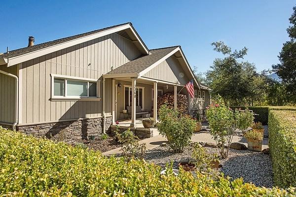 3360 Merritt Road, Kelseyville, CA 95451 (#LC18206446) :: Barnett Renderos