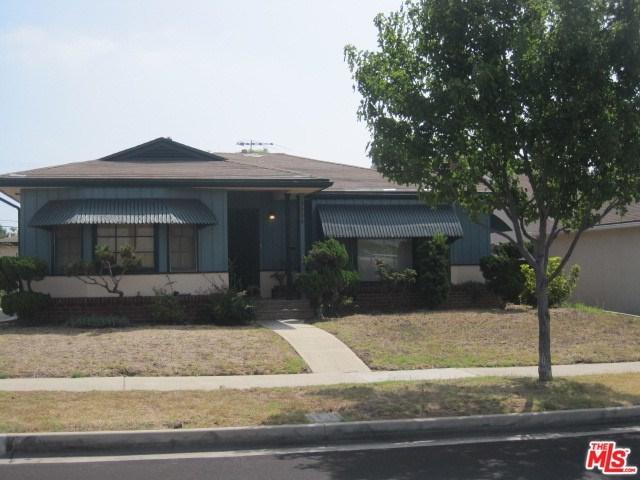 5924 S La Cienega, Los Angeles (City), CA 90056 (#18374496) :: RE/MAX Innovations -The Wilson Group