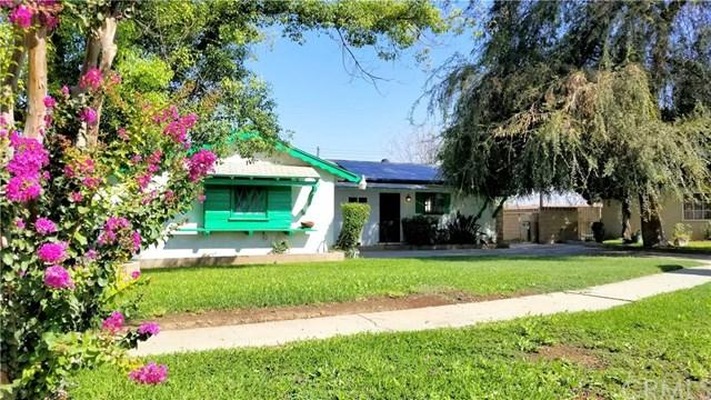 11940 Vivienda Court, Grand Terrace, CA 92313 (#EV18211345) :: Team Tami
