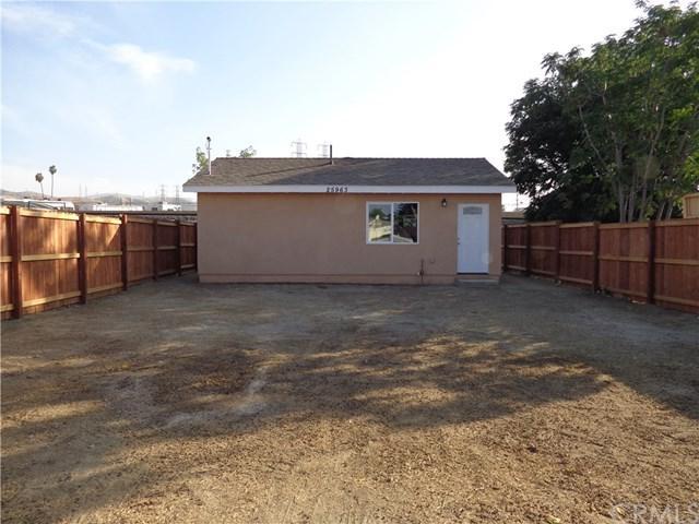 25963 Juanita Street, Loma Linda, CA 92318 (#CV18211280) :: The Laffins Real Estate Team