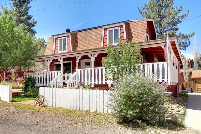 1063 H Lane, Big Bear, CA 92314 (#PW18211113) :: Barnett Renderos