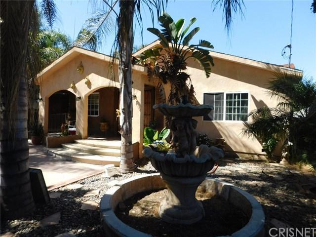 15923 Bassett Street, Lake Balboa, CA 91406 (#SR18213134) :: Team Tami