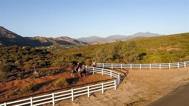 20 Rancho Barona Rd, Ramona, CA 92065 (#180049041) :: Fred Sed Group