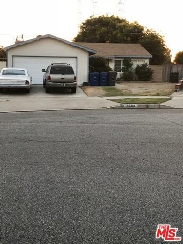 20705 Longworth Avenue, Lakewood, CA 90715 (#18381576) :: Team Tami
