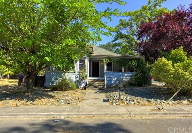302 Armstrong Street, Lakeport, CA 95453 (#LC18214835) :: The Laffins Real Estate Team