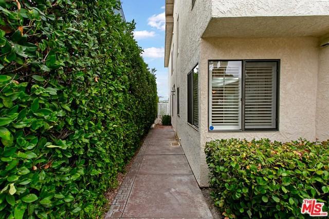 2914 La Costa Avenue, Carlsbad, CA 92009 (#18382550) :: Barnett Renderos